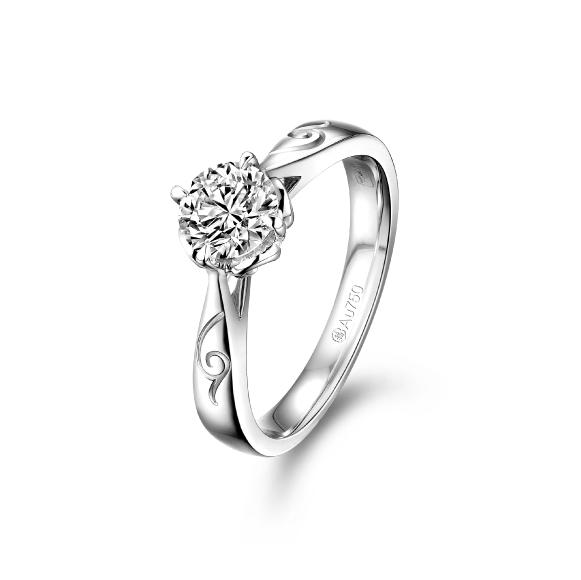 愛恆久系列18K金鑽石戒指