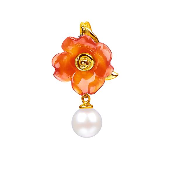 黄金珍珠衬玉髓吊坠