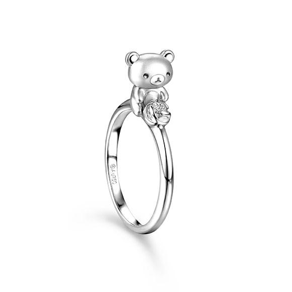 轻松小熊™系列18K白色黄金钻石立体戒指