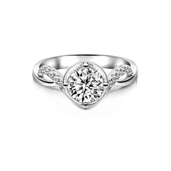 婚嫁系列18K金(白色)钻石订婚戒指