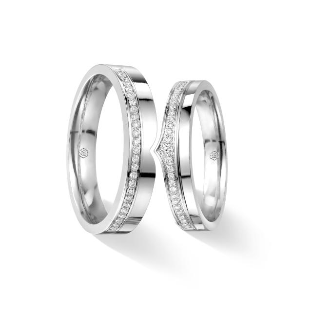 爱恒久系列18K金(白色)钻石情侣戒指