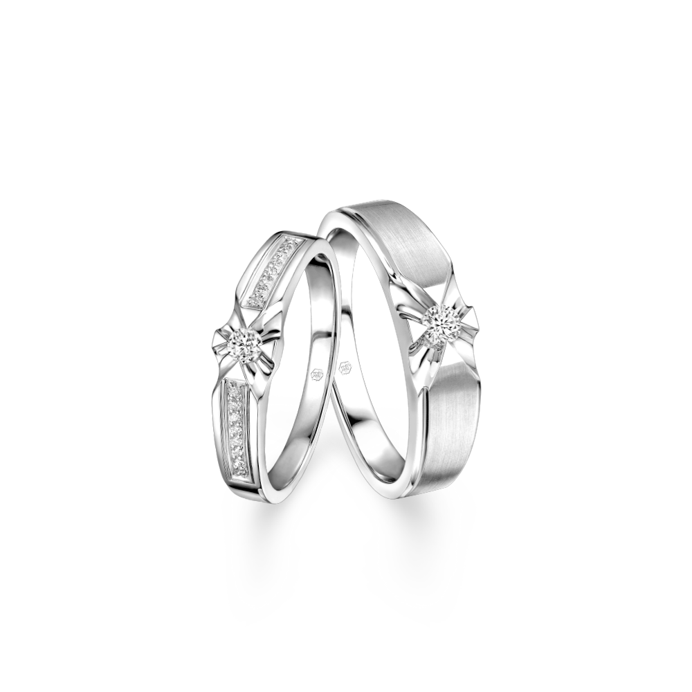 "Wedding Collection ""Romantic Star"" 18K Gold Diamond Wedding Rings"